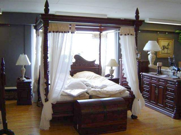 China 1006 canopy-bed-(brown)